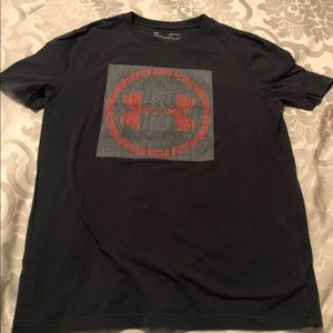 Under Armour grey tee shirt size youth large